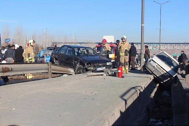 7 مصدوم در حادثه رانندگی بزرگراه امام علی